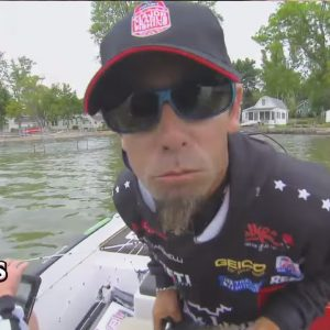 Mike Iaconelli Screaming Mid-Tournament | Jack Link's Jerky